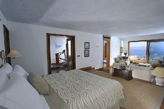 Elounda Beach Hotel & Villas: Island Suite Front Sea View with Private Gym