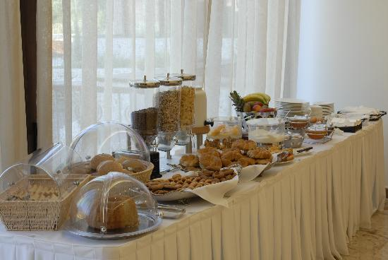 Enodia Hotel: BREAKFAST