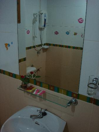 Convenient Resort: --