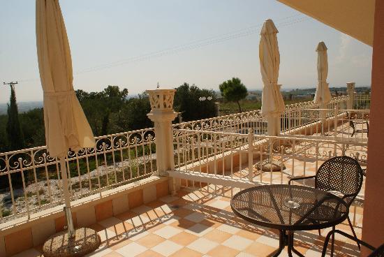 Hotel Villa Sevasti: Veranda