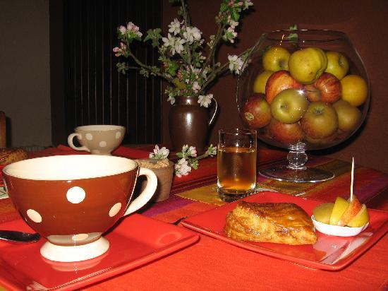 Le Vieux Logis : petit déjeuner Vieux Logis St Briac