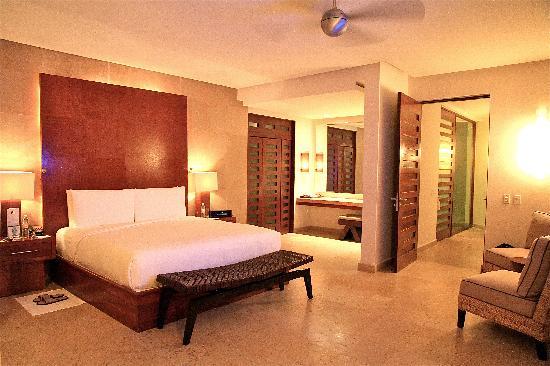 Rosewood Mayakoba: Master Bedroom