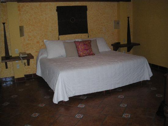 La Villa del Ensueno Hotel: Inside room # 8