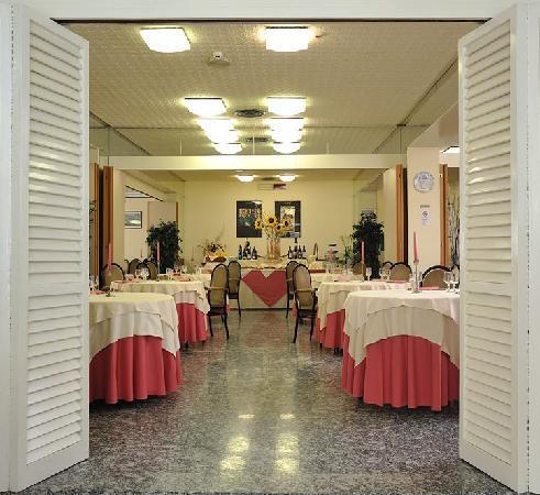 Hotel Vittoria Riccione Recensioni