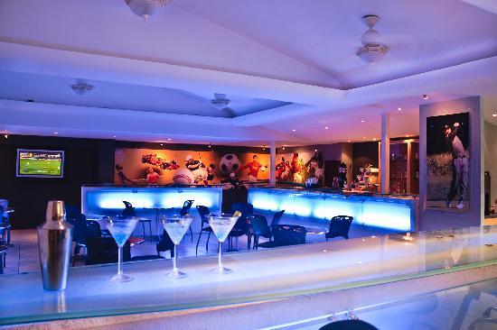 Plaza Pelicanos Club Beach Resort: Lobby Bar Plaza Pelicanos Club