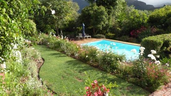 The Garden House: breakast view