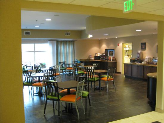 Comfort Suites Hot Springs: Dining room