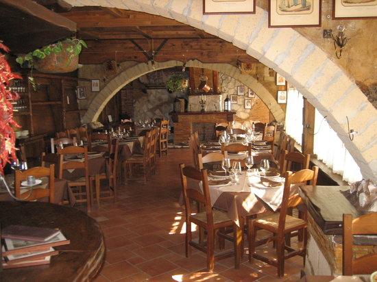 La Taverna dei Briganti: sala interna