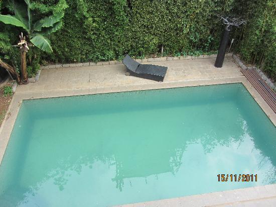 La Maison Gallieni : Vue sur la piscine