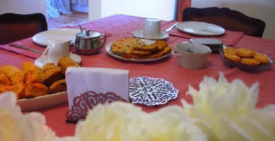 Tsitsicamma Inn: Desayuno casero.
