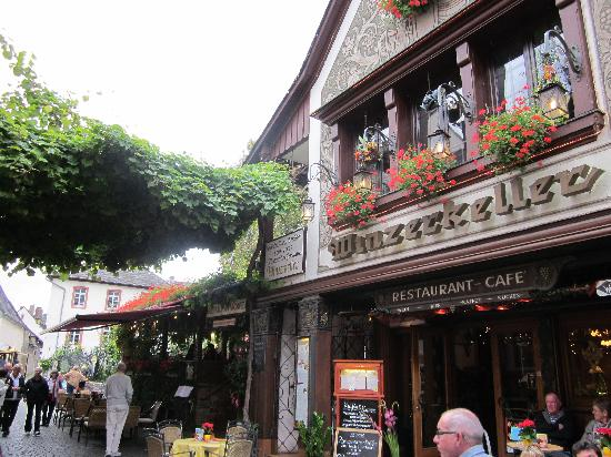 Drosselgasse: Beautiful buildings