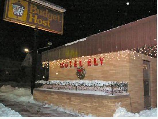 Motel Ely Budget Host: Happy Holidays!