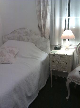 Hubert House Guesthouse: Single room