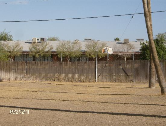 """Days Inn Airport - Phoenix: Your view to the north across the well manicured dirt and weeds """"picnic"""" area (sans any tables o"""