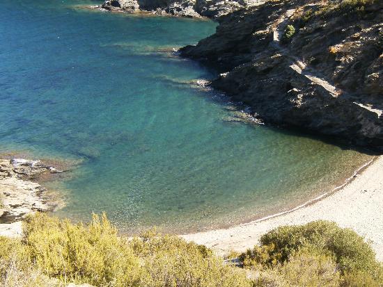 Faro de Cala Nans (Far de Cala Nans): Pasando por Sa Sabolla