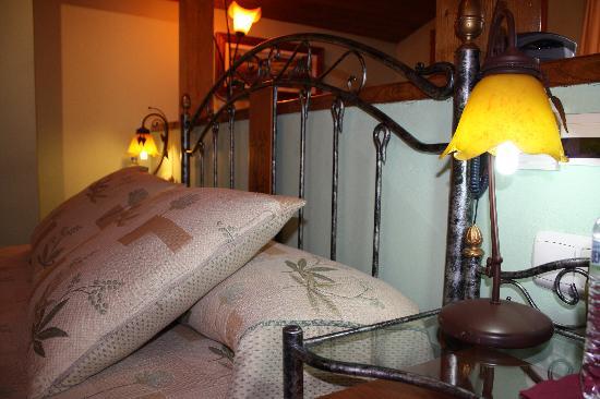 Hotel Cenera: Habitación 6