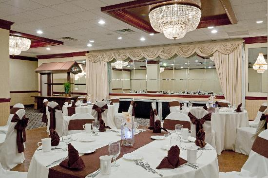 Holiday Inn - Concord Downtown: Ballroom