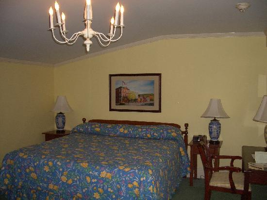 The Otesaga Resort Hotel: Our room