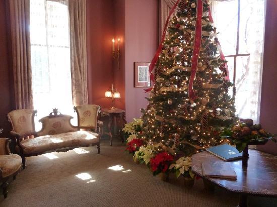 Morrison-Clark Historic Inn: front room at Christmas