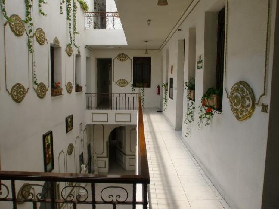 Hotel La Casa de la Luna: Interiors