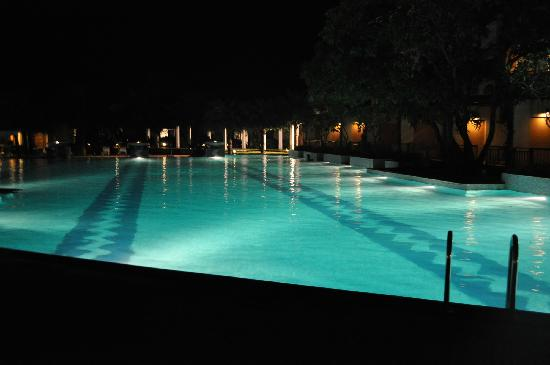 Radisson Blu Resort Spa Alibaug Maharashtra Hotel Reviews Photos Rate Comparison