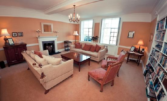 Pipe Hill House: Drawing Room