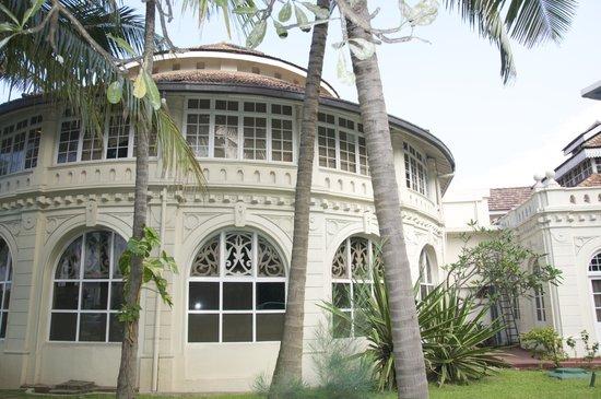 Taj Samudra Colombo: Hotel Gardens