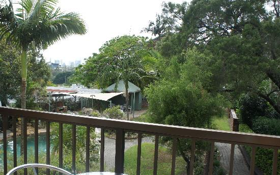 Toowong Villas: view from 2nd floor balcony of the pool area
