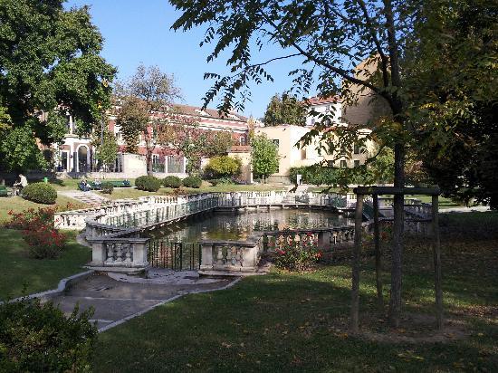 Giardini della guastalla foto di giardini della for Via giardini milano