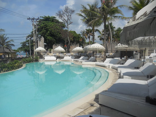 Cocoon Restaurant Bar Beach Club: Early morning breakfast