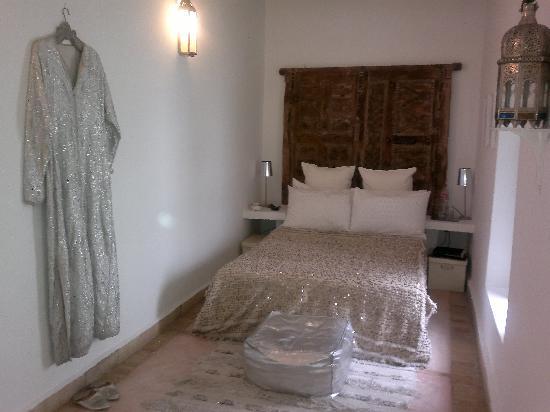 Riad Timila : chambre ivoire