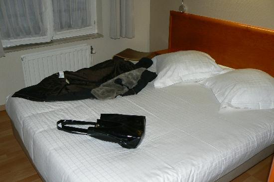La Legende Hotel: stanza