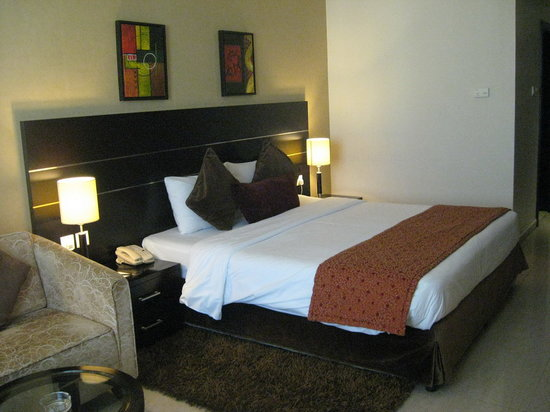 Landmark Hotel Riqqa : Our clean and relax double room in the 4th floor