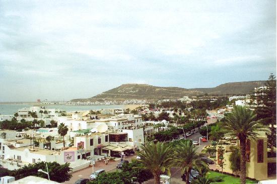Ryad Mogador Al Madina: Вид части Агадира из номера отеля