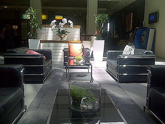 曼德拉羅茲廣場溫泉飯店照片