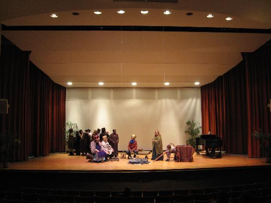 Flint Institute of Music: A free performance during the annual Holiday Walk