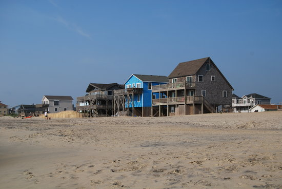 Waves, NC: Houses at Rodanthe