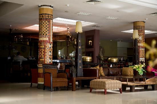 The African Regent Hotel: Lobby and Bar