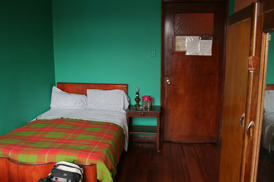 Hotel Aragon: room