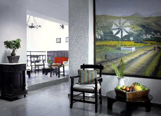 Victoria Hotel: Sitting Room