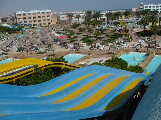 Dessole Titanic Aqua Park Resort : Great slides!
