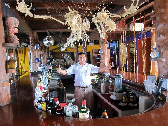 La Buena Vida: The bar