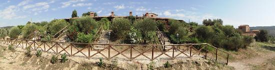 Borgo Sanguineto: Il Borgo