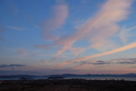 Borgo Sanguineto: Panorama al tramonto