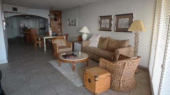 The Dunes Condominiums: 2BR Living area/dining/kitchen