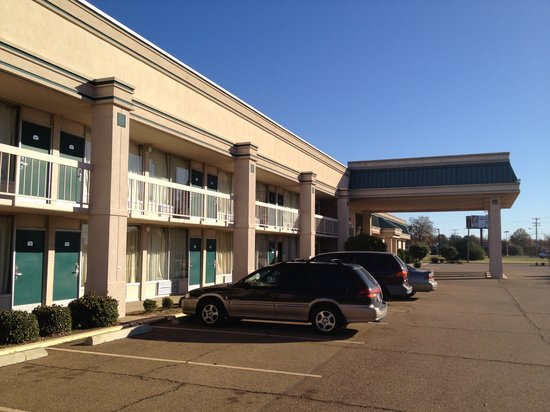 Photo of 3 Rivers Inn & Suites Greenwood
