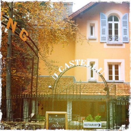 Hotel U Castellu : Facade de l'hôtel