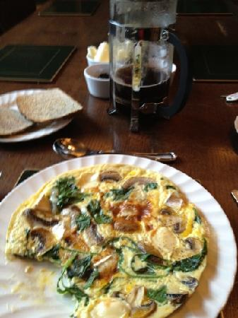 The Cloudesley: florentine omelette and organic toast