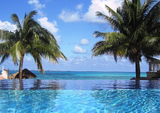 Vista mar de uma das piscinas fotograf a de hotel riu for Le marde hotel