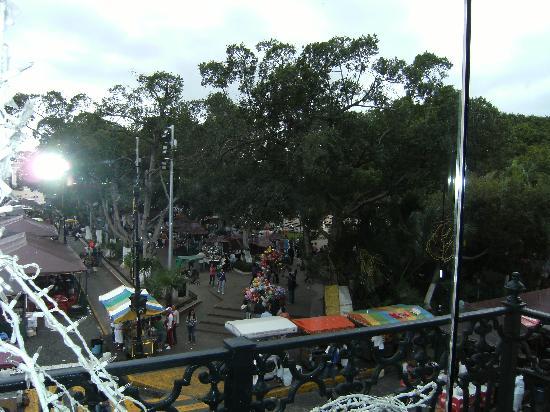 Gamma  de Fiesta Inn Mérida  El Castellano: the main square